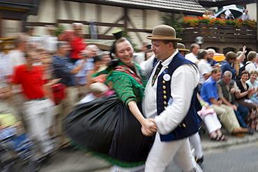 Traditional Folk Dancing from Schwalm Region, Schlitz International Festival, Schlitzerlaender Trachten- und Heimatfest, Schlitz, Vogelsberg, Hesse, Germany