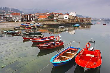 Slight fog, fishing boats at an old fishing vllage, Combarro, RÃŒa de Pontevedra, RÃŒas Bajas, Galicia, Spain