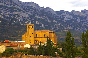 Church with elements in Mudejar style, Samaiengo village, Euskadi, Pais Vasco, Spain