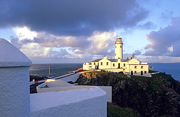 Europe, Great Britain, Ireland, Co. Donegal, Lighthouse at Fanad Head