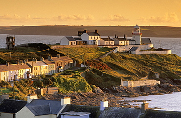 Europe, Great Britain, Ireland, Co. Cork, Roche's Point, lighthouse