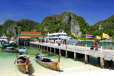 Boats and ferry at the quay, Ao Ton Sai, Ko Phi Phi, Krabi, Thailand