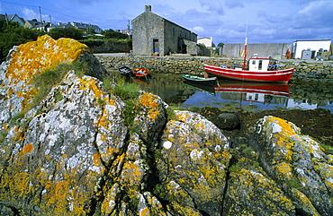 Europe, Great Britain, Ireland, Co. Galway, Connemara, boats in Roundstone