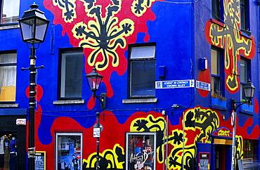 Colourful facade of a pub at Crown Alley, Temple Bar District, Dublin, Ireland, Europe