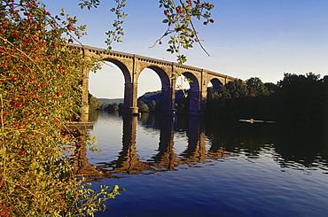 Railway viaduct, Herdecke, Ruhr Valley, Ruhr, Northrhine Westphalia, Germany