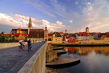 Regensburg, view from Romanesque Stony Bridge across river Danube to the medieval town with cathedral Saint Peter, Upper Palatinate, Bavaria, Germany
