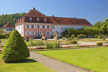 House and garden at Schwarzenacker Roman open air museum, Homburg-Schwarzenacker, Saarland, Germany, Europe