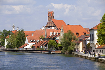 Promenade along the Isar canal and the church of the Holy Spirit, Landshut, Lower Bavaria, Bavaria, Germany, Europe