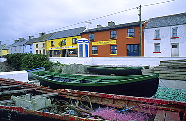 Fishing village of Portmagee with boats, County Kerry, Ireland, Europe