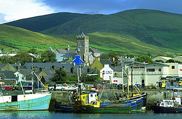 Dingle harbour with fishing boats, Dingle peninsula, County Kerry, Ireland, Europe
