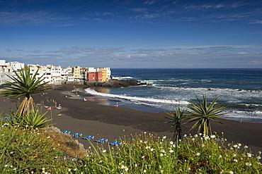 View of people on the beach, Puerto de la Cruz, Tenerife, Canary Islands, Spain, Europe