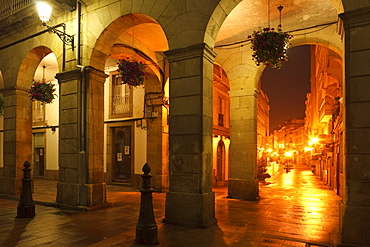View of the pedestrian zone, calle Riego del Agua, Arcades, Praza Maria Pita, main square, La Coruna, A Coruna, Camino Ingles, Camino de Santiago, Way of Saint James, pilgrims way, province of La Coruna, Galicien, Nordspanien, Spanien, Europa