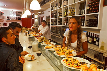 Arrabal 11, Pintxos, Tapas Bar, calle Arrabal 11, Santander, Camino de la Costa, Coastal route, Camino del Norte, Way of Saint James, Camino de Santiago, pilgrims way, province of Cantabria, Cantabria, Northern Spain, Spain, Europe
