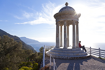 Pavilion with the view onto the Mediterranean, Son Marroig, former country residence of archduke Ludwig Salvator from Austria, Son Marroig, near Deia, Tramantura, Mallorca, Spain