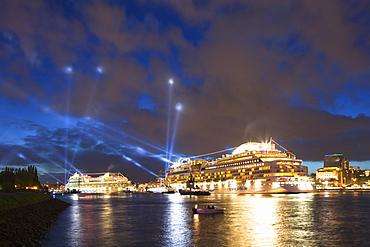 Cruise ships AIDAblu and AIDAluna clearing port, Hamburg, Germany, Europe