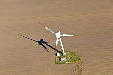 Aerial view of a wind farm near Cuxhaven, alternative power, Ecological, Cuxhaven, Lower Saxony, Germany