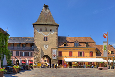 Restaurants at the Untertor in the sunlight, Turckheim, Alsace, France, Europe