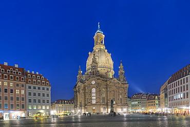 Frauenkirche with Neumarkt at dusk, Dresden, Saxony, Germany, Europe