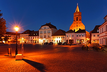 Market place and St. Mary's church at night, Beeskow, Land Brandenburg, Germany, Europe