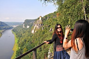View of the Elbe river and Wehlen at the Bastei, Saxonien Switzerland, Saxony, Germany, Europe