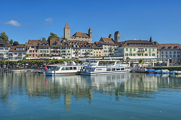 View of castle, old town and harbour, Rapperswil, Lake Zurich, St. Gallen, Switzerland, Europe