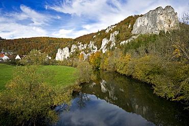 River and rocks at Upper Danube Valley, Swabian Alp, Baden-Wuerttemberg, Germany, Europe