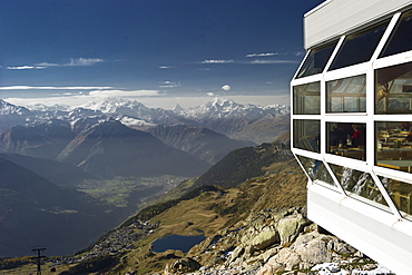 Viewpoint at Bettmerhorn, Bettmeralp, in the background Pennine Alps and Rhone Valley, Canton of Valais, Switzerland, Europe