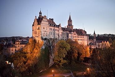 Castle Sigmaringen at dawn, Swabian Alb, Baden-Wuerttemberg, Germany