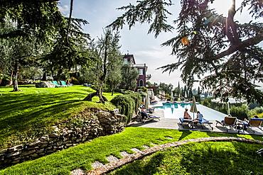View to Lake Garda from Bellevue San Lorenzo near Malcesine, Lago di Garda, Province of Verona, Northern Italy, Italy