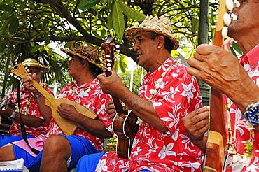 Tahitian musicians, Papeete, Tahiti, Society Islands, French Polynesia, Windward Islands, South Pacific