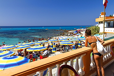 Onda Blu Beach, Capo Vaticano south of Tropea, Tyrrhenian Sea, Calabria, Mediterranean, Southern Italy, Europe - 1113-95928