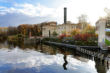 Lake Jungfernsee at the Havel, Dairy in the New Garden, Potsdam, Land Brandenburg, Germany