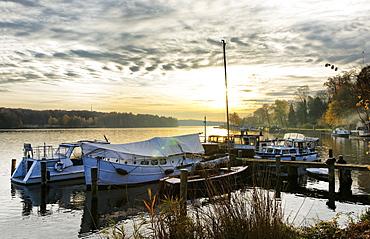 Port at Lake Jungfernsee, Havel, Potsdam, Land Brandenburg, Germany