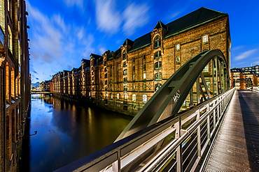 Twilight in the Speicherstadt at Sandtorkai, Hafencity, Hamburg, Germany