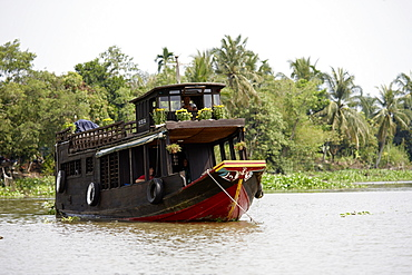 River steamer anchoring, Mekong river cruise, Cao Lanh, Dong Thap, Vietnam
