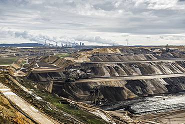 Garzweiler open cut mining, open-pit mine near Grevenbroich, North Rhine-Westphalia, Germany