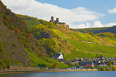 Burg Thurant Castle, Alken, Mosel, Rhineland-Palatinate, Germany, Europe