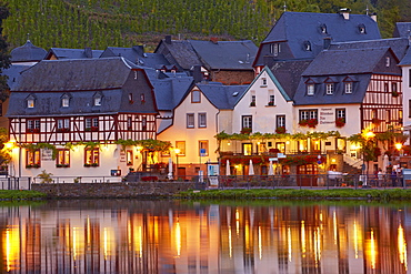 View of Beilstein in the evening light with the old custom house, Altes Zollhaus, Mosel, Rhineland-Palatinate, Germany, Europe