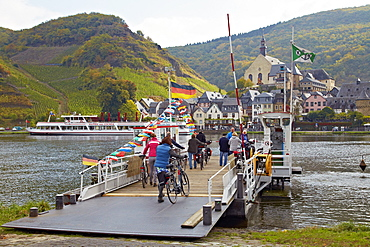 Ferry at Beilstein on the river Mosel, Rhineland-Palatinate, Germany, Europe