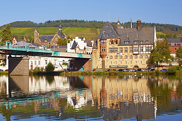 Bridge and Post office in Art Nouveau style, Traben, Traben-Trarbach, Mosel, Rhineland-Palatinate, Germany, Europe