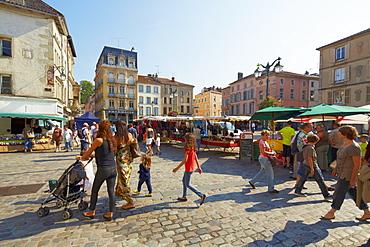 Flea market at Place des Vosges, Epinal, Mosel, Dept. Vosges, Region Alsace-Lorraine, France, Europe