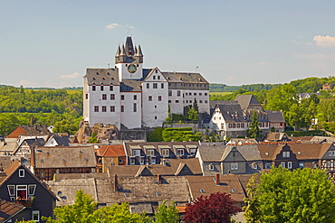 Diez castle and the old town of Diez, Diez an der Lahn, Westerwald, Rhineland-Palatinate, Germany, Europe