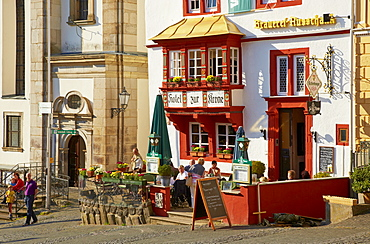 Steinernes Haus on the market square, Renaissance building with three-sided oriel window, Oldest stone built inn in Germany, Alter Markt, Hachenburg, Westerwald, Rhineland-Palatinate, Germany, Europe