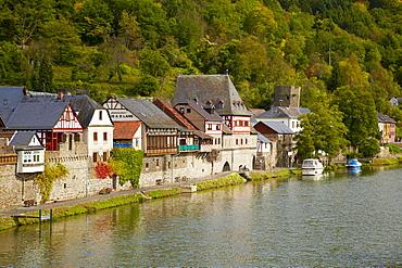 Dausenau an der Lahn with church of St. Kastor, city gate and 1100 year old oak tree, Dausenau, Westerwald, Rhineland-Palatinate, Germany, Europe