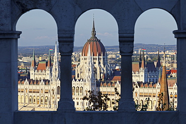 View from the Fishermens Basion onto the Parliamentm, Lajos Kossuth Square, Danube, Budapest, Hungary