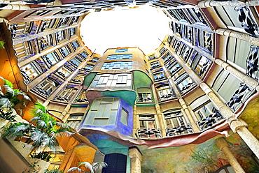 Casa Mila, Casa Milà, La Pedrera, atrium, architect Antoni Gaudi, UNESCO World Heritage Site Casa Milà, Catalan modernista architecture, Art Nouveau, Eixample, Barcelona, Catalonia, Spain