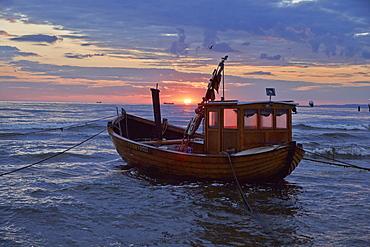 Fishing boat near Ahlbeck, Island of Usedom, Baltic Sea Coast, Mecklenburg Western Pommerania, Germany