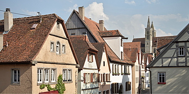 View of house fascades in the old town of Rothenburg ob der Tauber, Romantic Road, Franconia, Bavaria, Germany