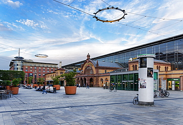 Willy-Brandt Square, Main Central Station, Erfurt, Thuringia, Germany