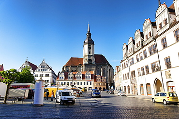 Market square with the parish church of St. Wenzel in the background, Naumburg, Saxony-Anhalt, Germany